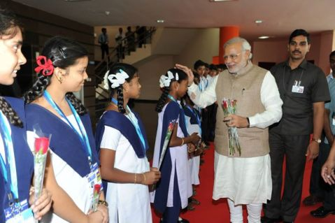 PM meeting the students at ISRO Center